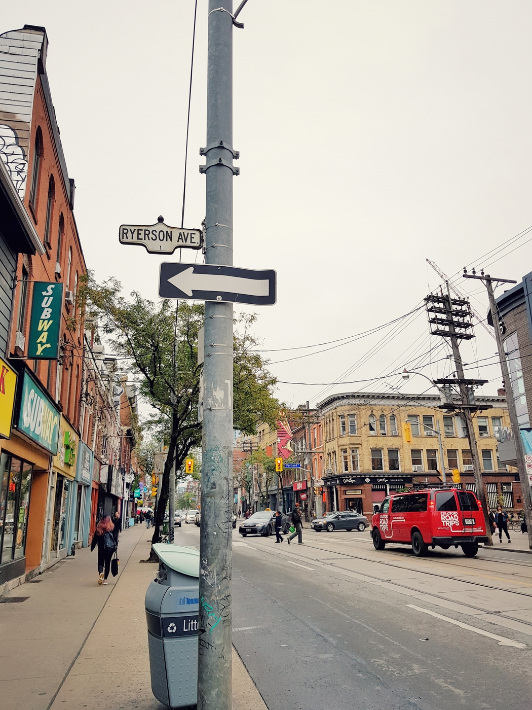 toronto_canada_ontario_citystreets.jpeg