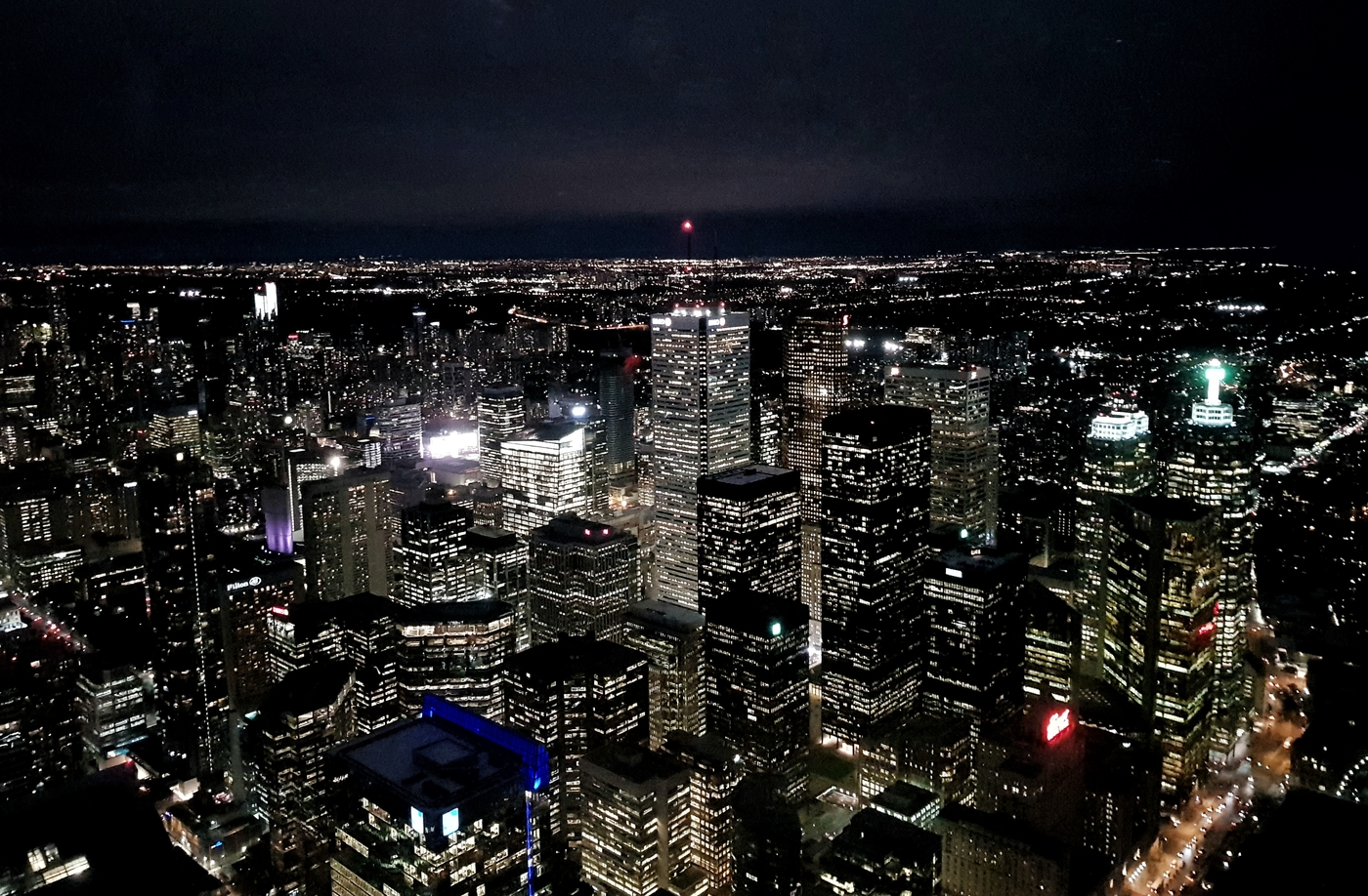 toronto_cityview_nightsky_cntower.jpeg