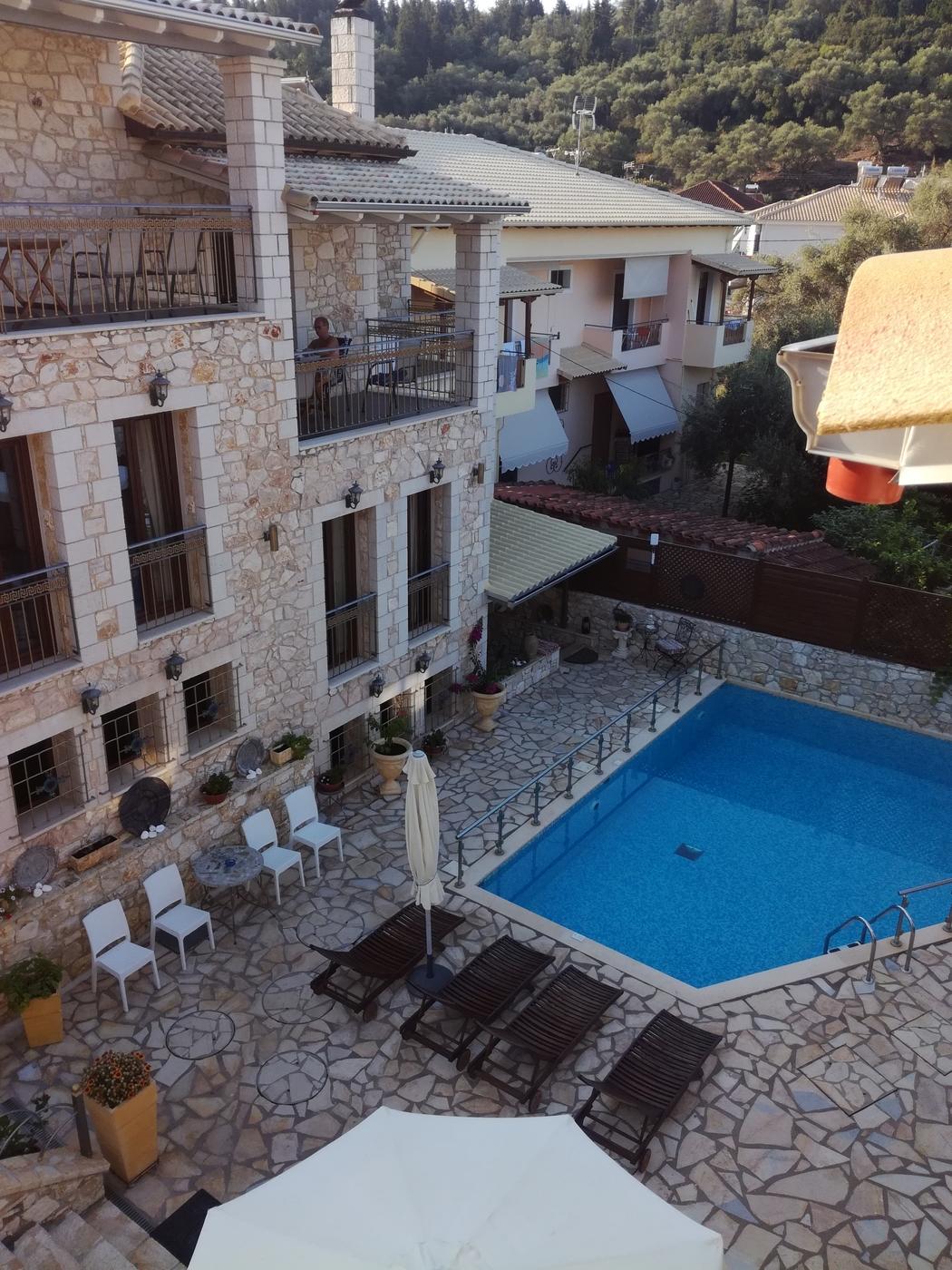 Hotelli Roulas Studios