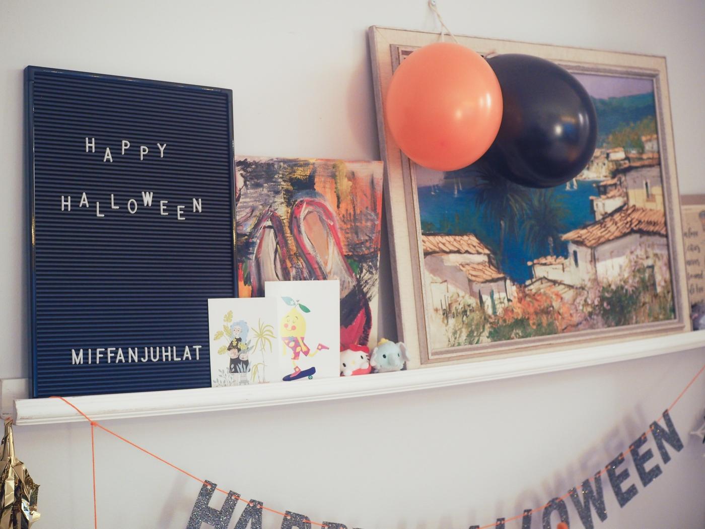 miffanjuhlat-halloween-koristeet-ilmapallot.JPG
