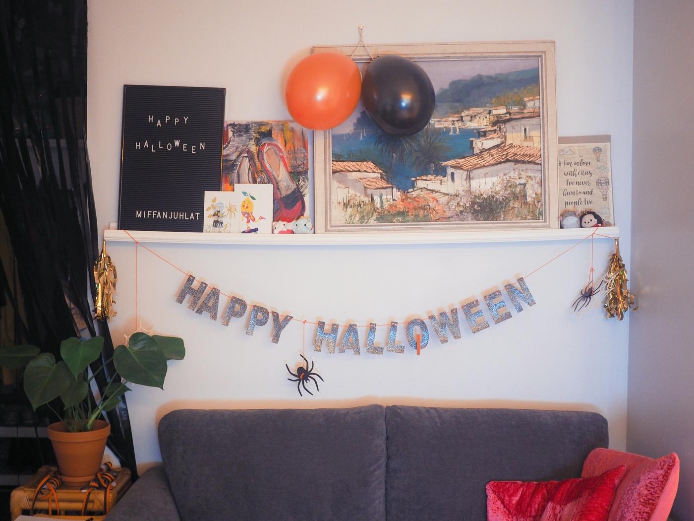 miffas-halloweenkoristeet-viiri.JPG