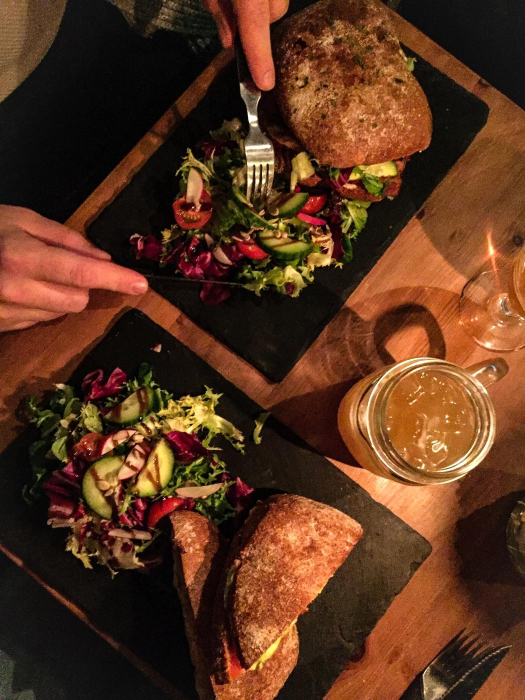 Pienpanimo-olutta ja kasvisruokaa – lempiravintolat Tampereella just nyt