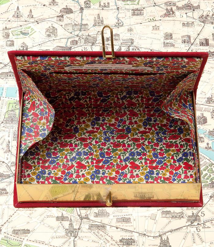 kirjalaukku2.jpg