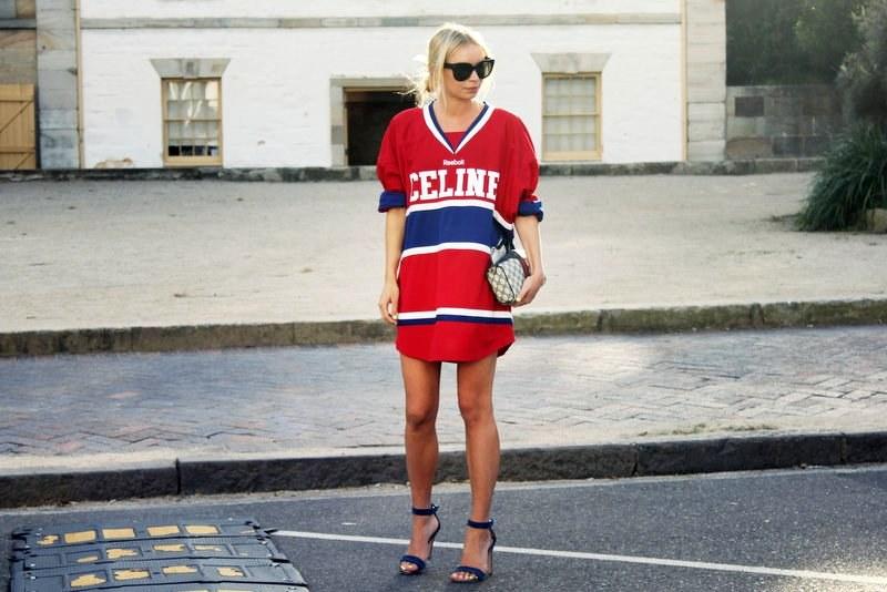 la-modella-mafia-alexandra-spencer-model-street-style-celine-reebok-jersey-3.jpg