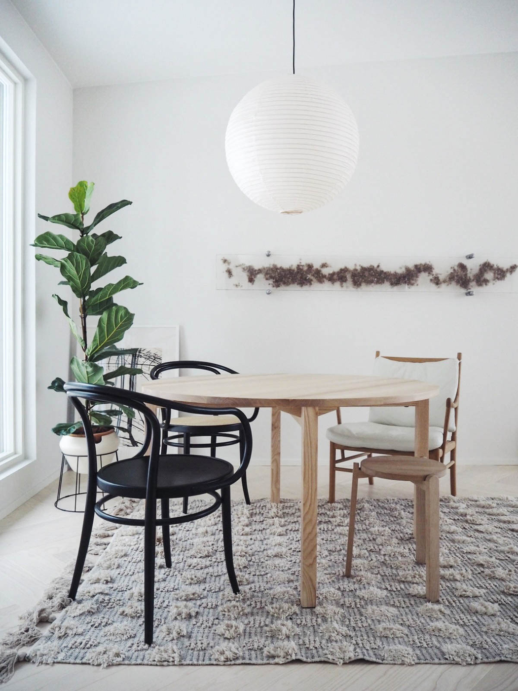 pöytä kuin koru kaunein