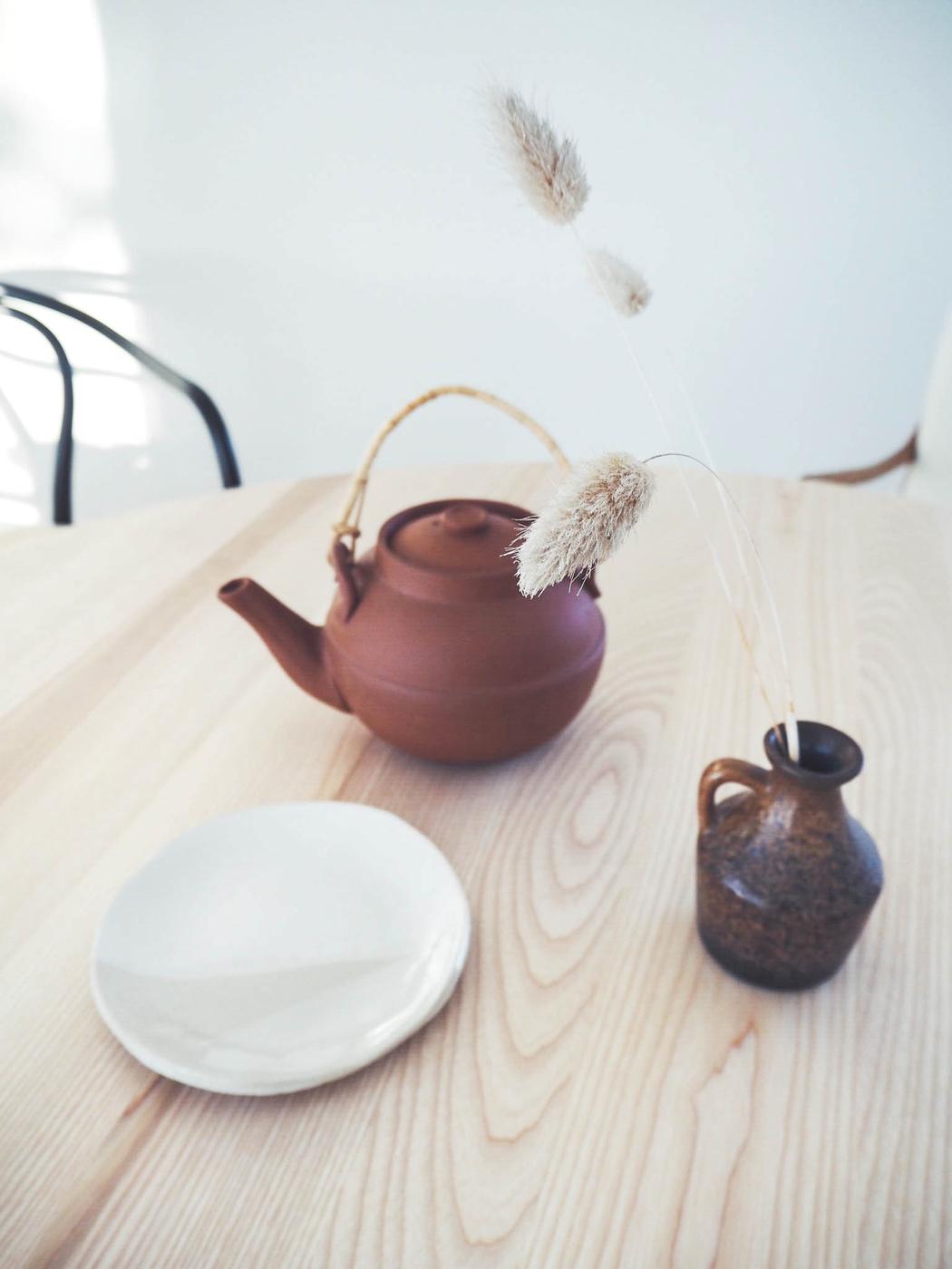 teetä ja terrakottaa