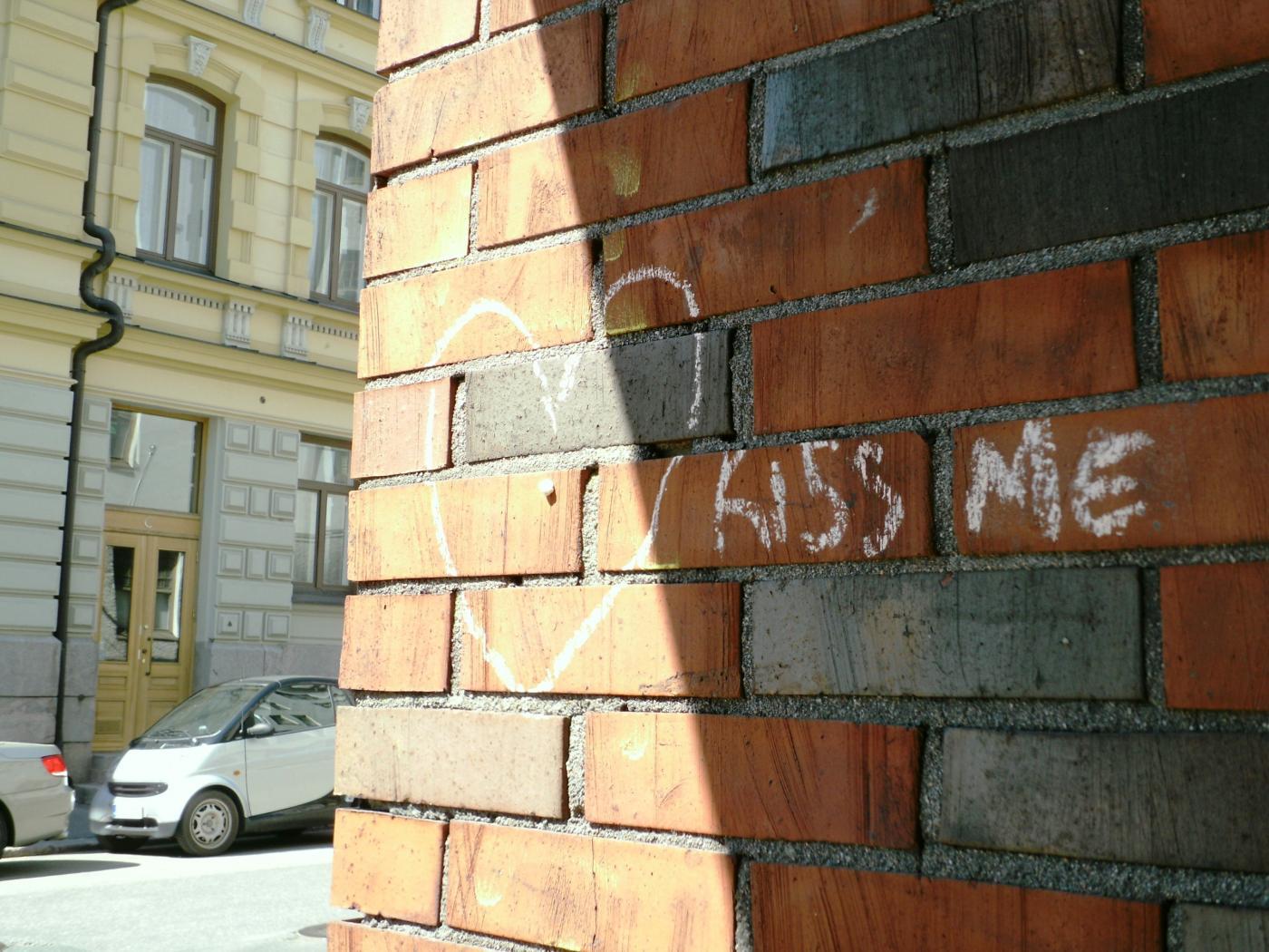 kiss_me.jpg