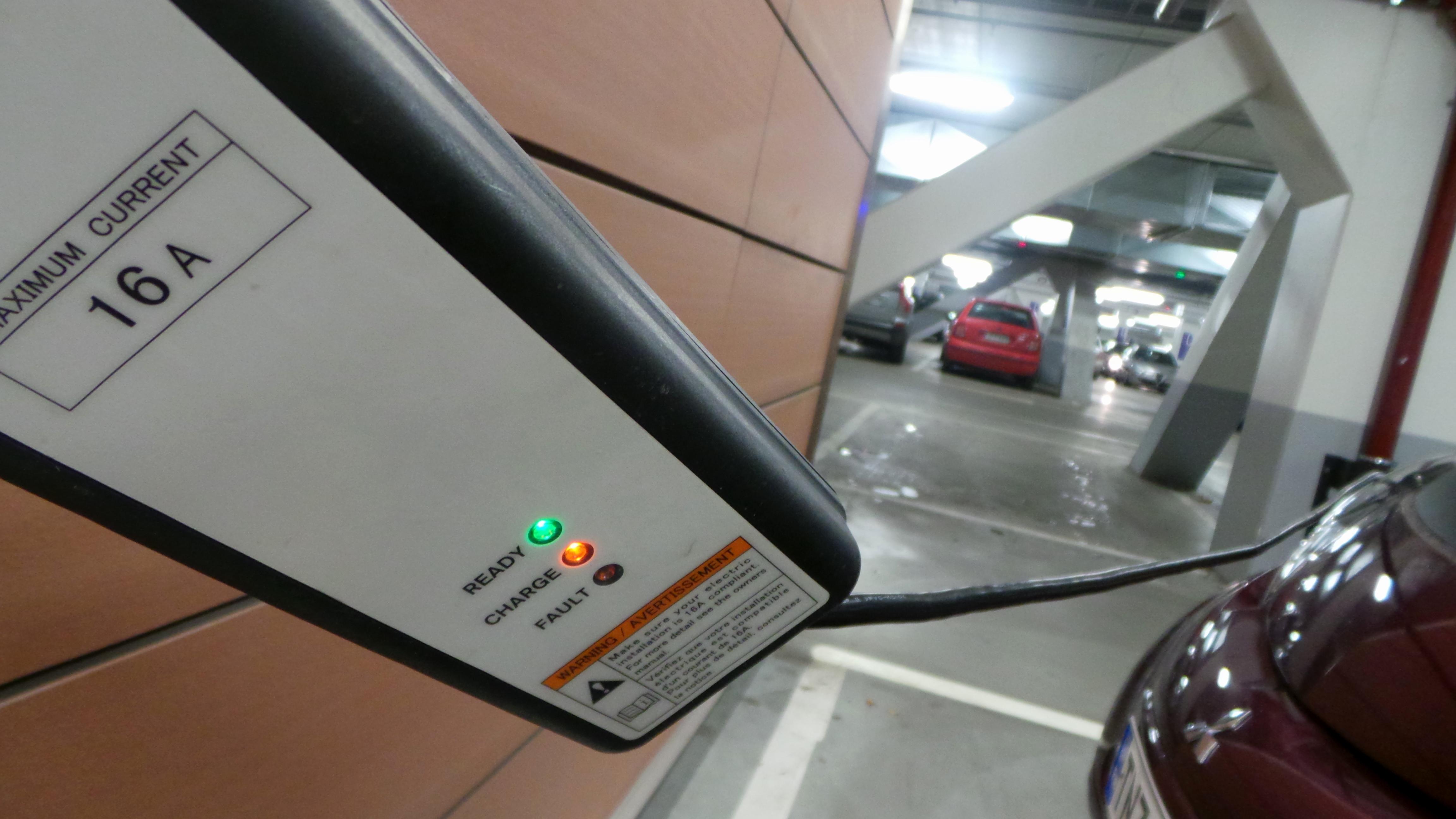 Minivink: se mun sähköautojuttu on ilmestynyt!