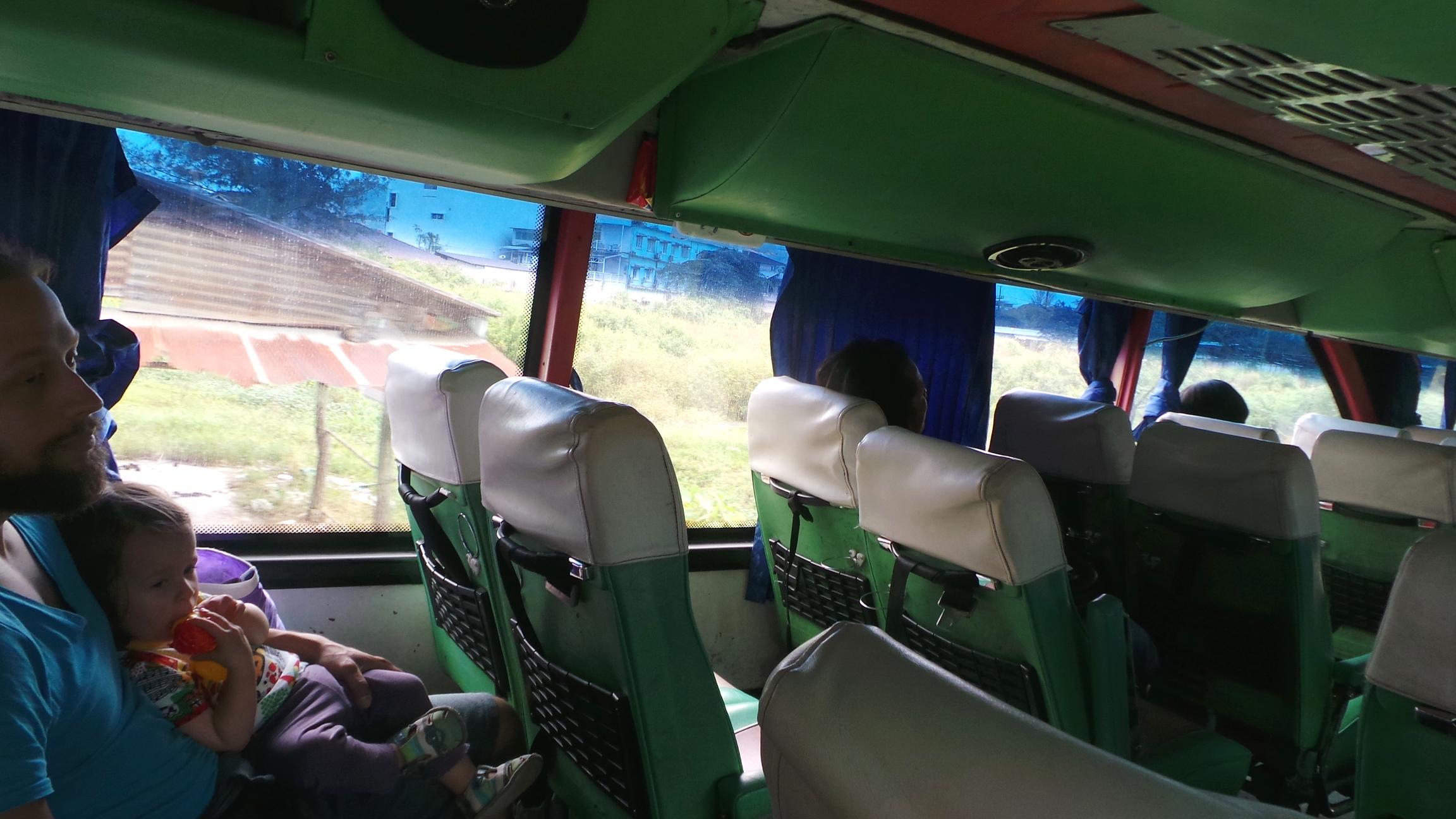 bussissa_50.jpg