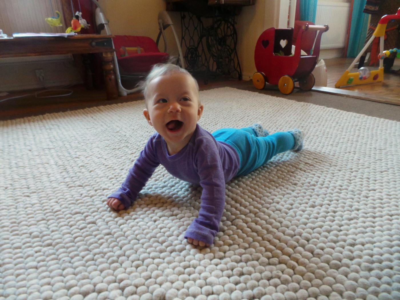 villavaatteet vauva.JPG