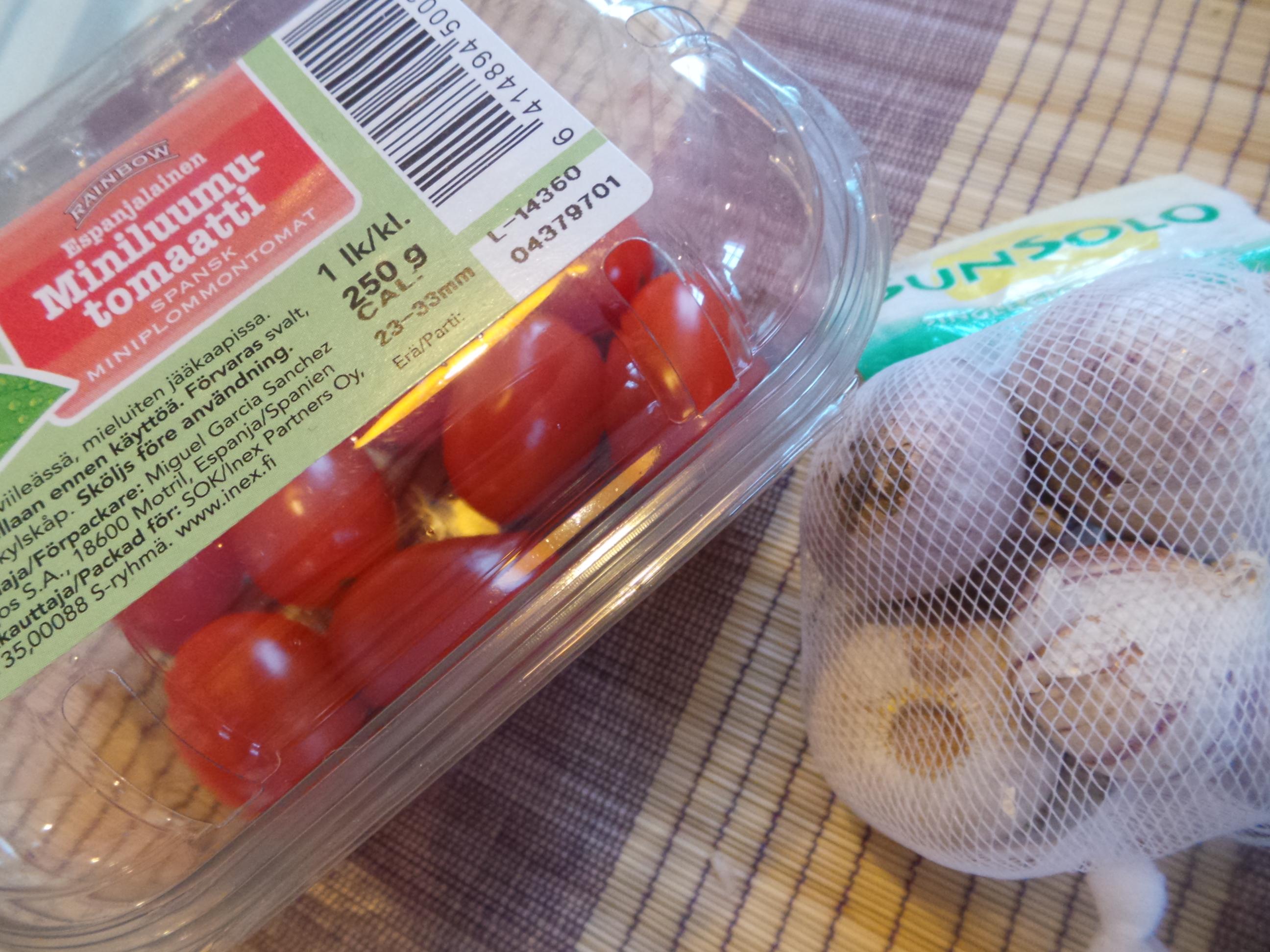 tomaatti valkosipuli – Kopio.JPG