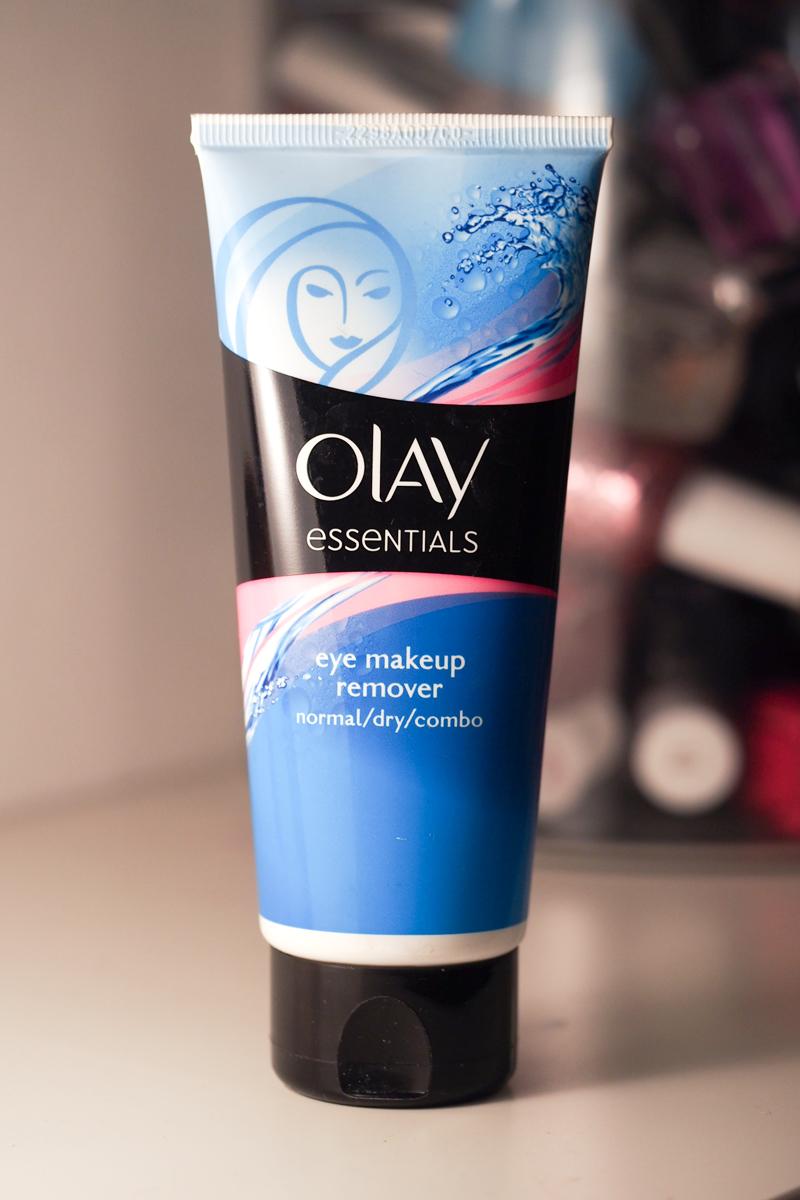 Löytö: Olay Essentials -silmämeikinpoistoaine
