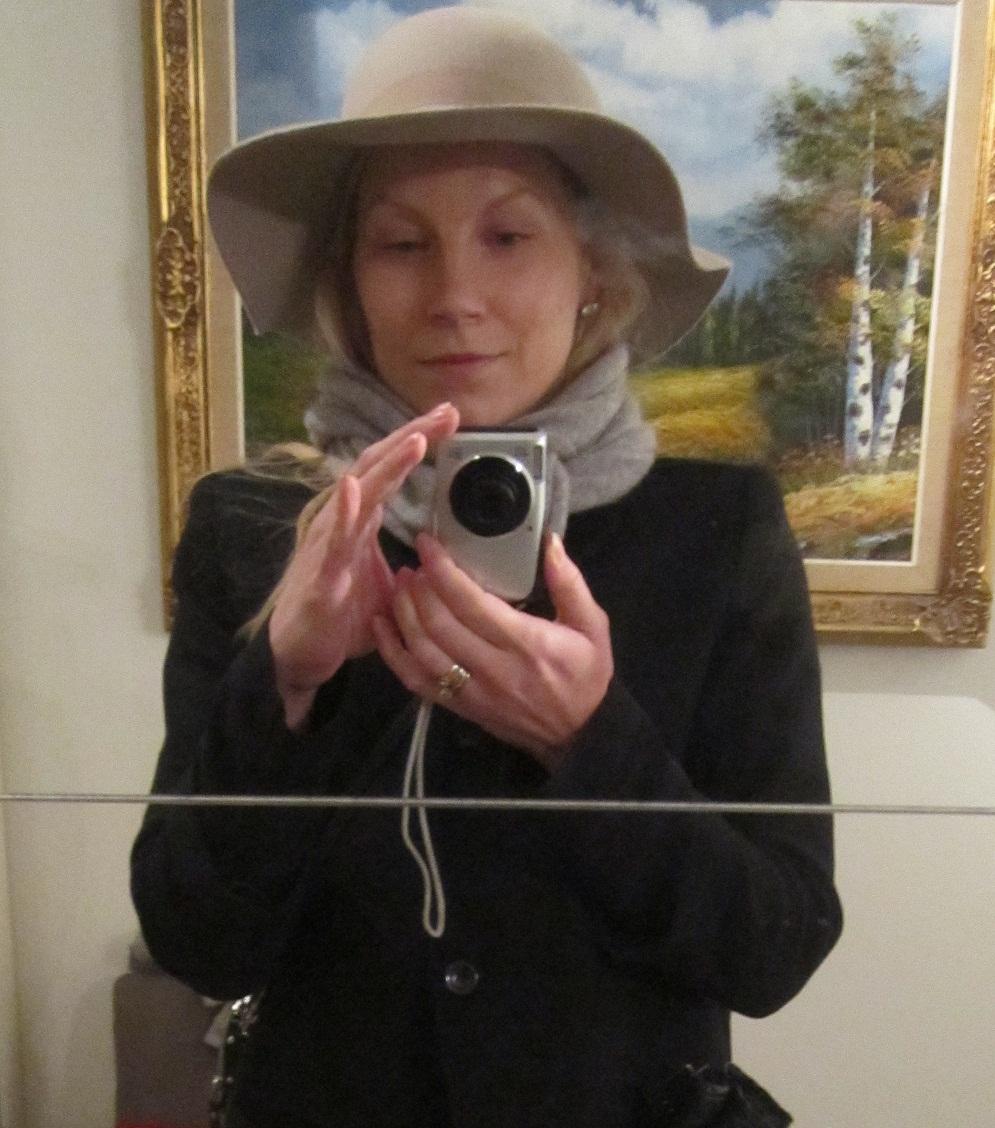 26/02/2013: Hattutyyppi (ja karu totuus kuvanrajauksesta)