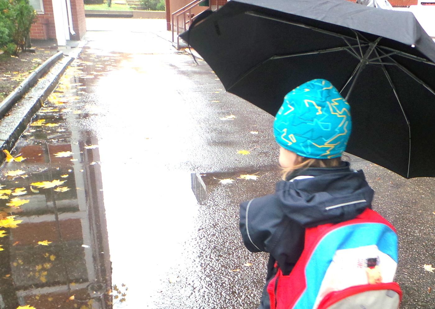 Ideoita sadepäivän viettämiseen taaperon kanssa