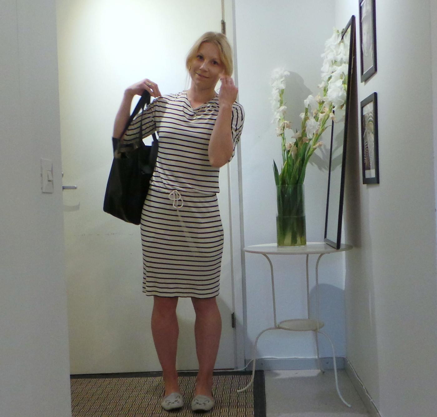 Pitkähihainen mekko helteellä -Hulluko se on?
