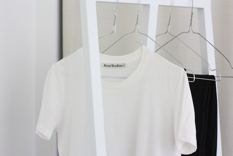 ACNE T-SHIRT.png