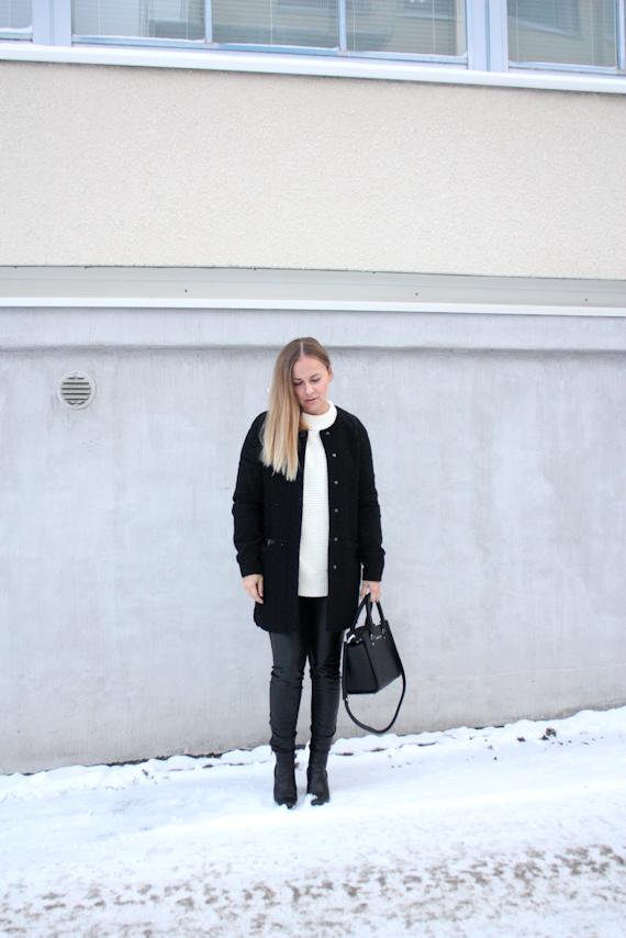 Black&white3.png