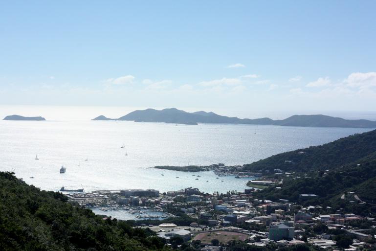 Loma Karibialla3.png