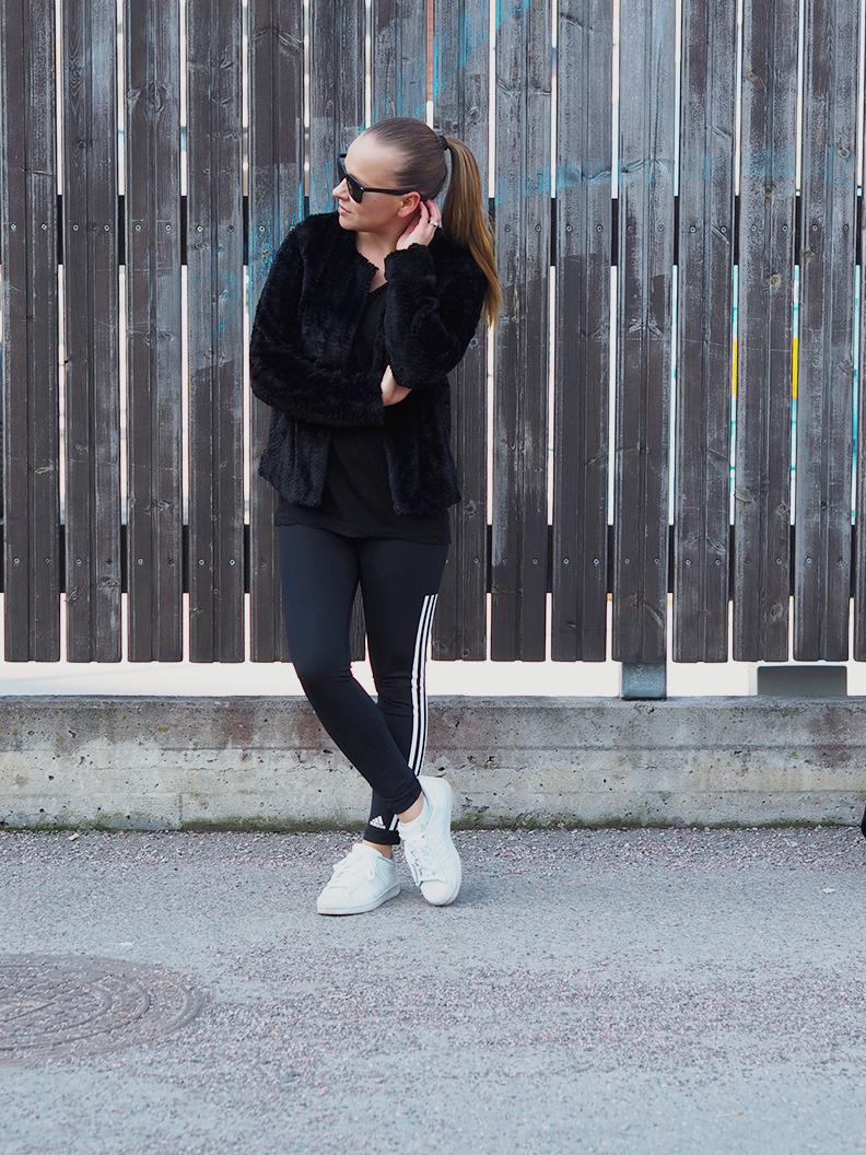 Adidas-women.png