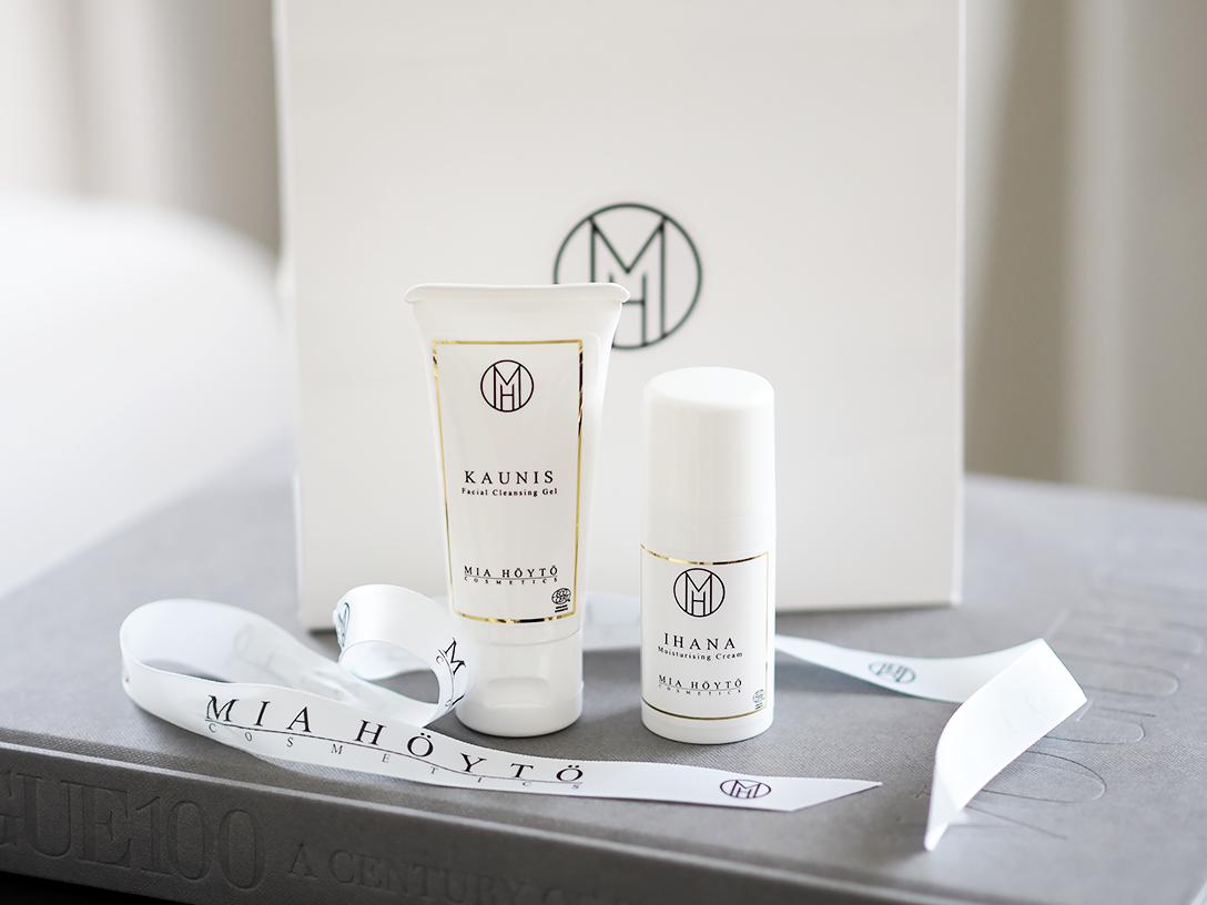 Mia-Höytö-Cosmetics2.png