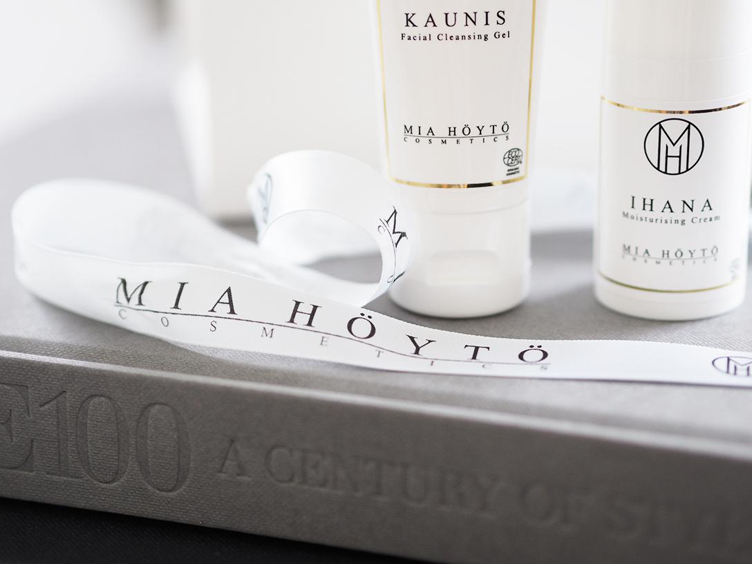 Mia-Höytö-Cosmetics3.png