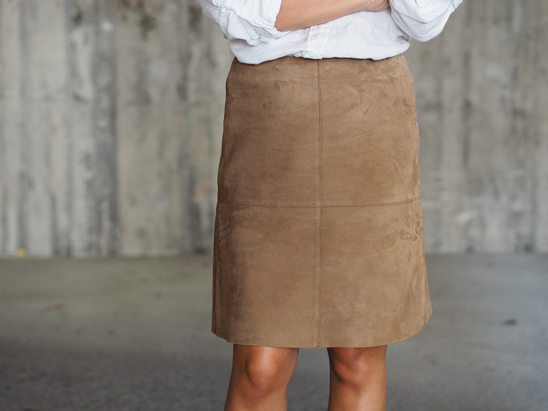 Suede-skirt4.png