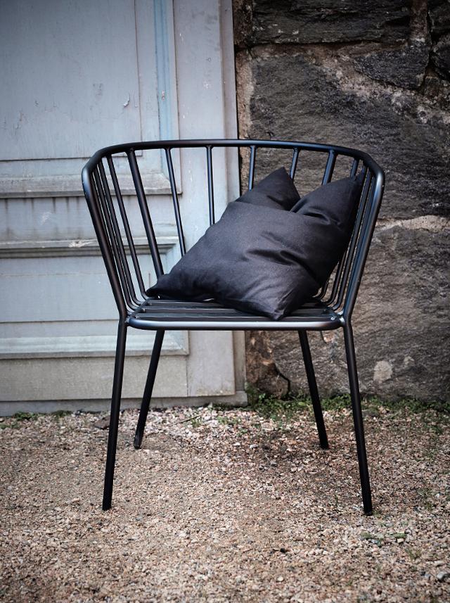 jot_1812_outdoor-living-antibes-svart.jpeg