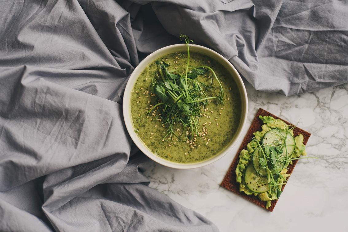 vegaaninen-pinaattikeitto-resepti-sundayblondie-3.jpg
