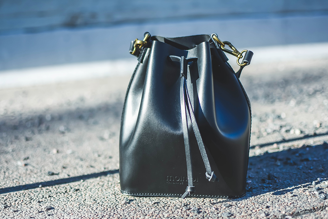 moimoiaccessories-marilin-small-bucket-bag-sundayblondie-3.jpg