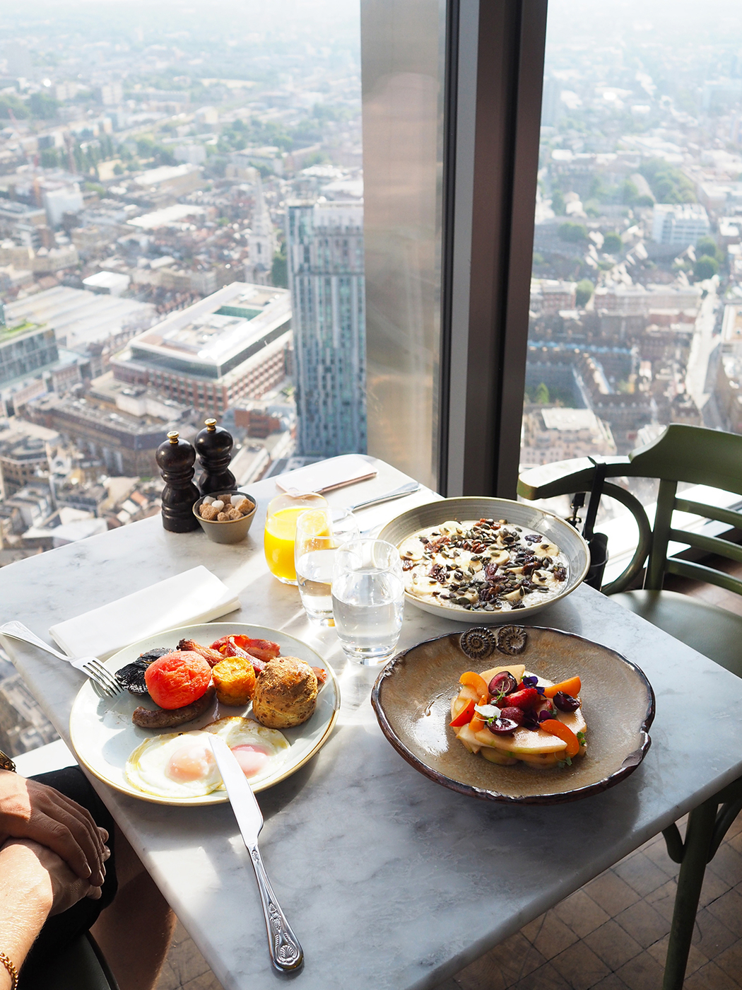 BREAKFAST WITH A VIEW – DUCK AND WAFFLE