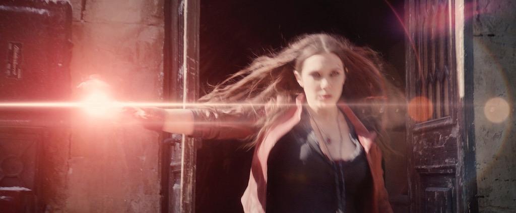 avengers-2-age-of-utlron-screenshot-scarlet-witch-elizabeth-olsen-powers.jpg