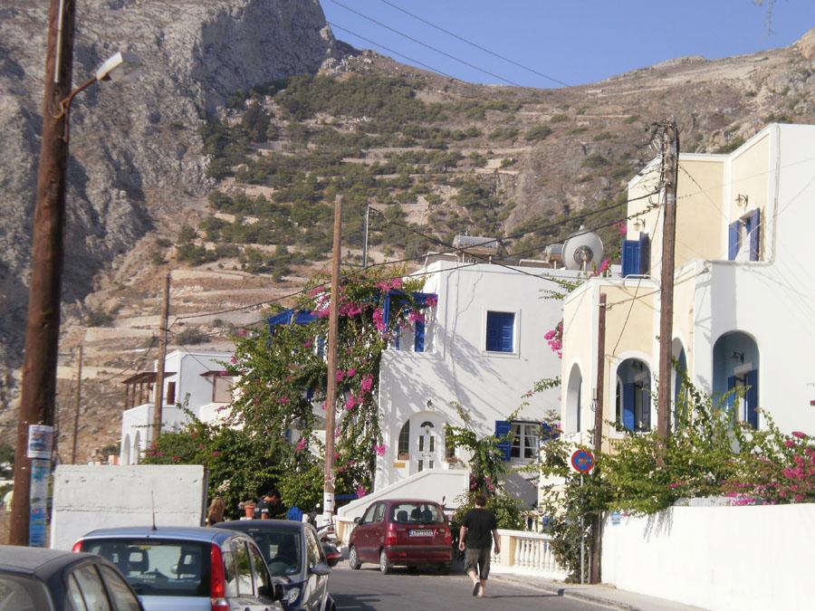 Santorini_18_Mesalle_1.jpg
