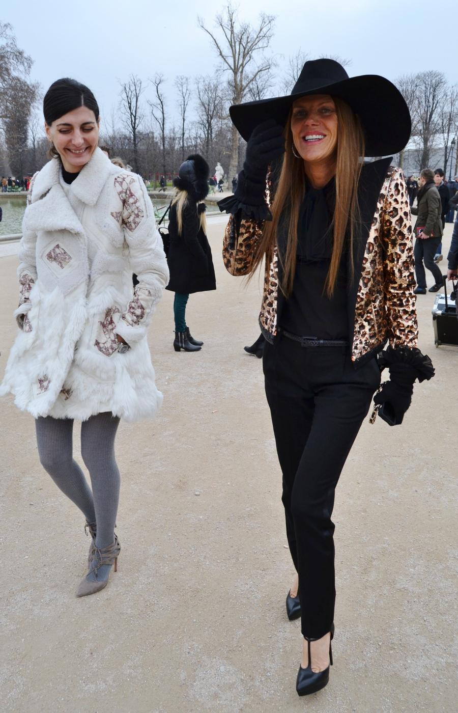 PFW DAY 5: OUTSIDE VIKTOR & ROLF