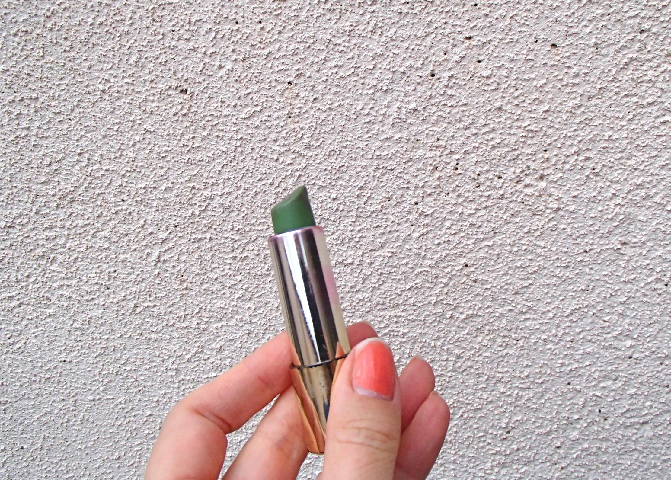 vihreä huulipuna.JPG