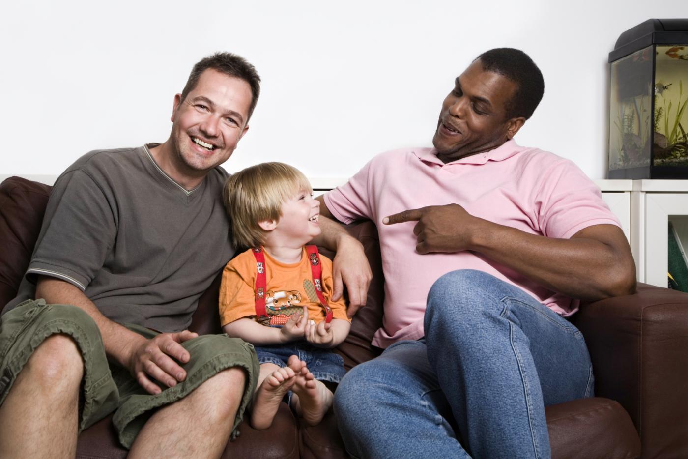 meis meis kalua äidiltä gay