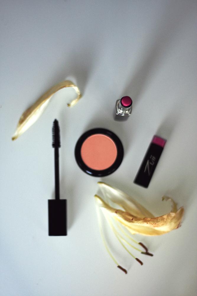 Luonnonkosmetiikka: Zuii-meikit