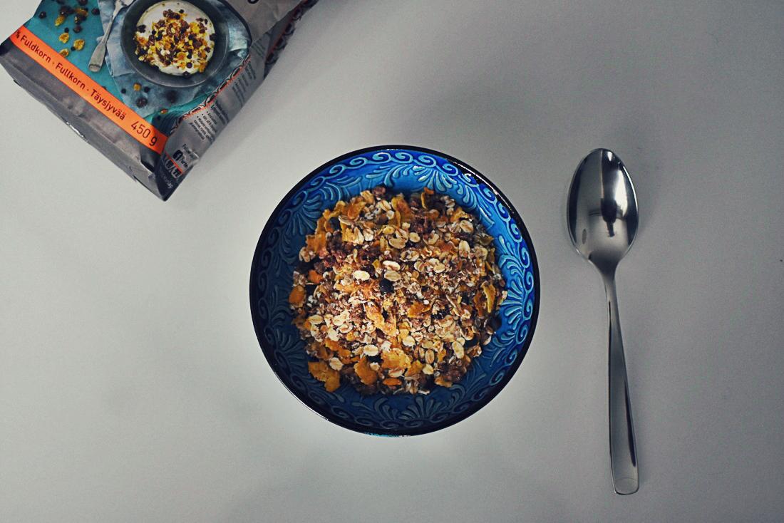 Mitä vegaani syö – koko viikonlopun ruokapäiväkirja kuvina