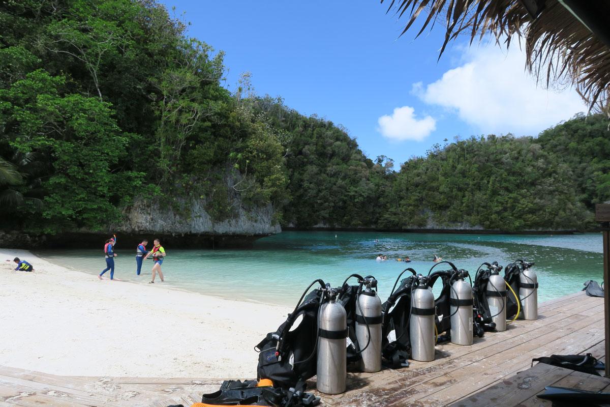 Palau – upea sukelluskohde surkealla majoitustarjonnalla