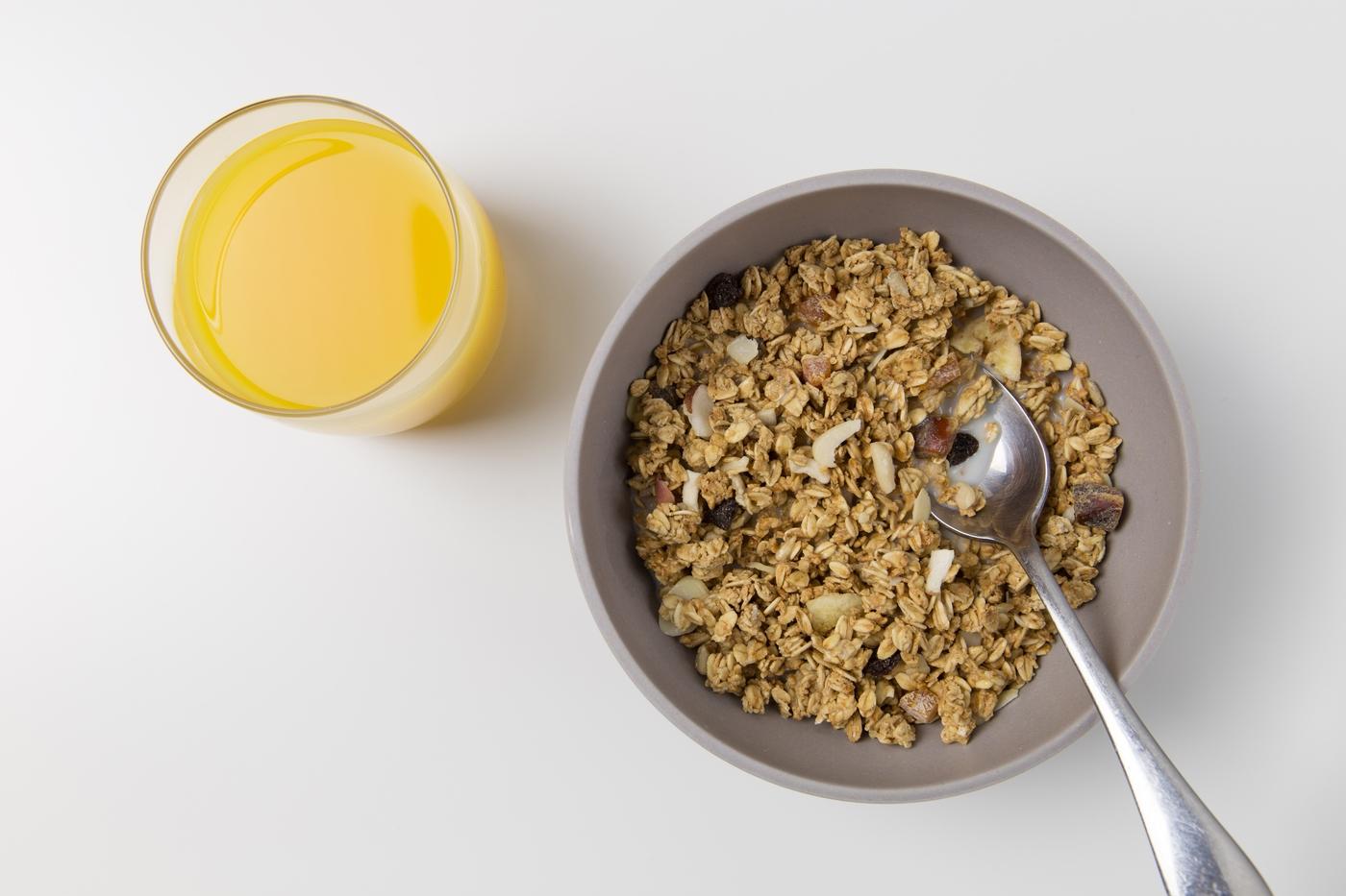 bowl-breakfast-cereal-543730.jpg