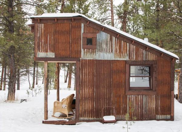 tiny-potomac-cabin2-e1364267358215.jpg