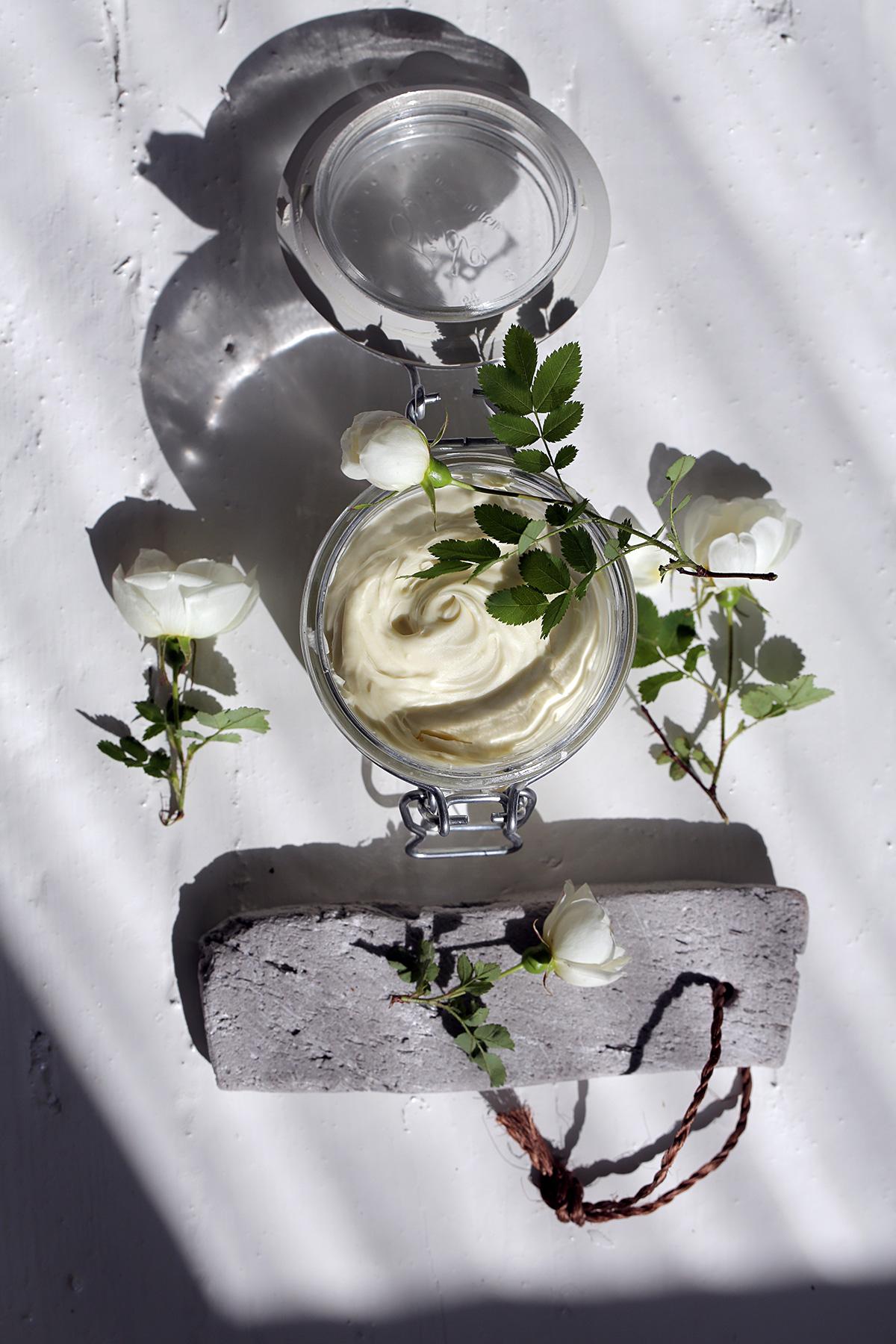 home-made-foot-cream_0.jpg