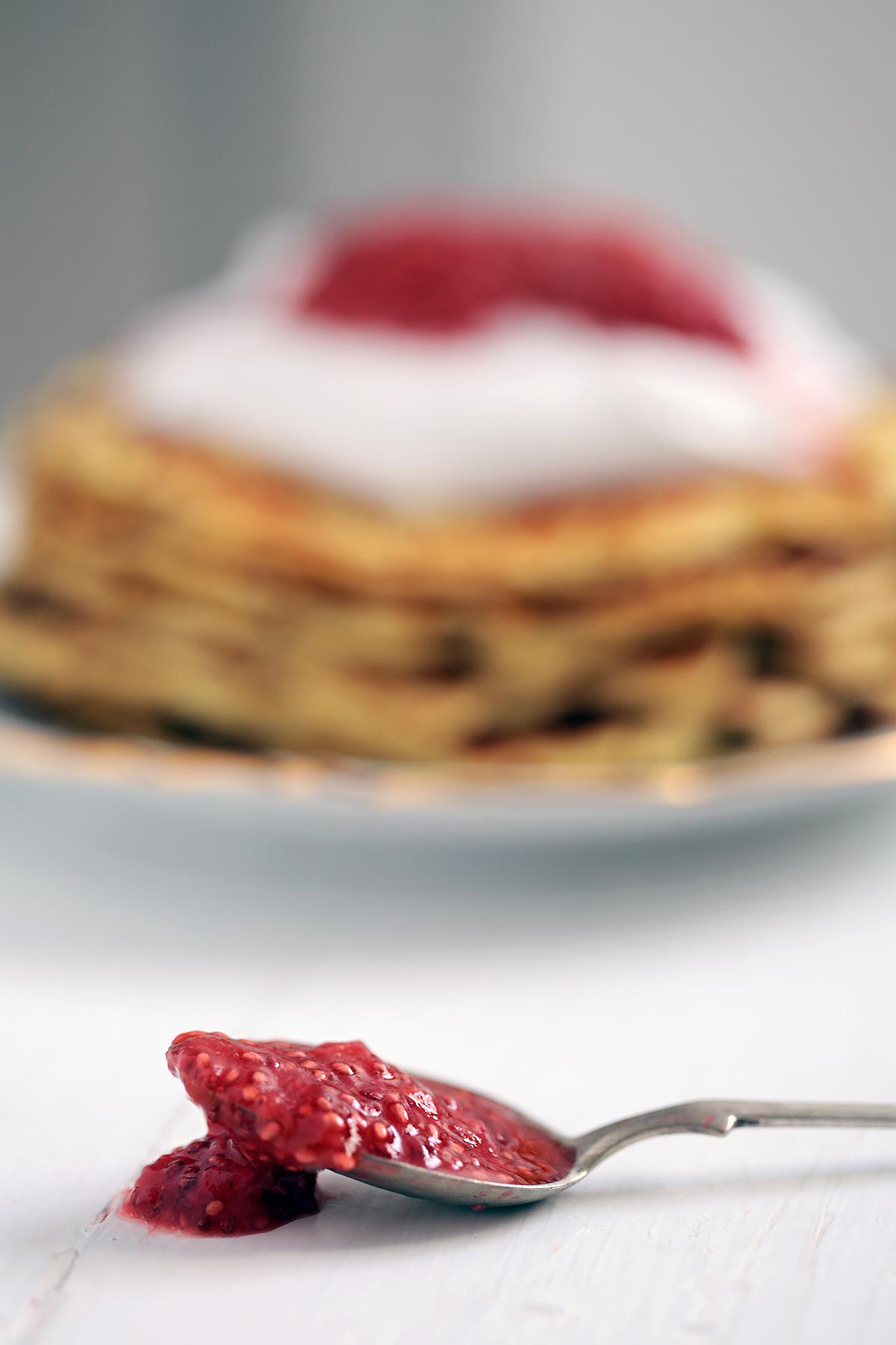 strawberry-chia-jam.jpg
