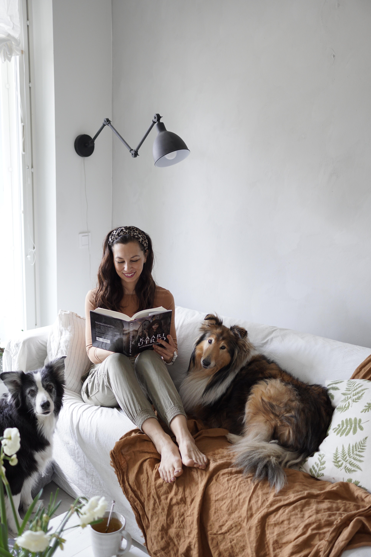 Hyviä kirjoja, ajatuksia naiseudesta ja vähän todellisuuspakoa