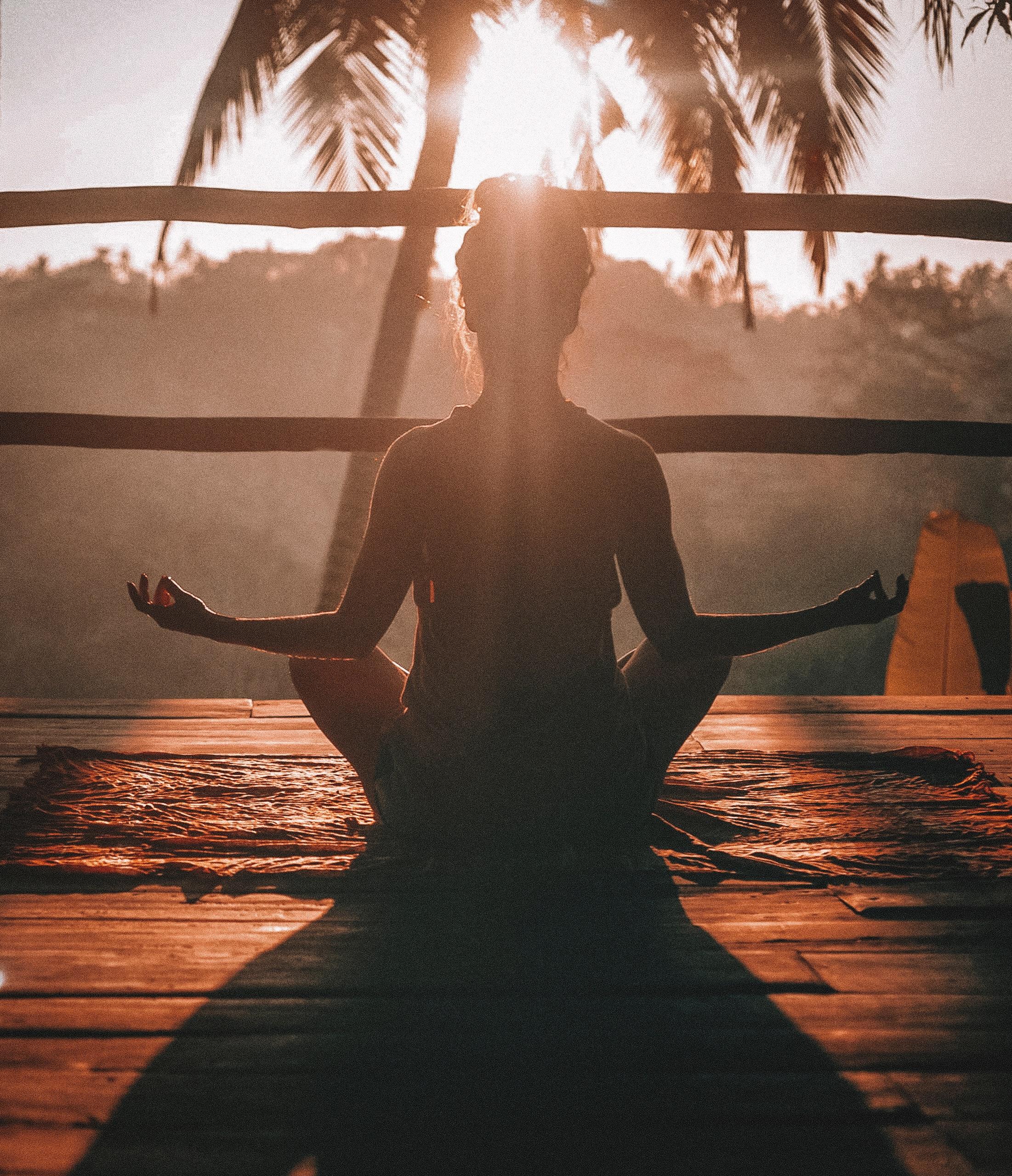 Lisää onnellisuutta, vähemmän ahdistusta (eli miksi aloitin meditoinnin)