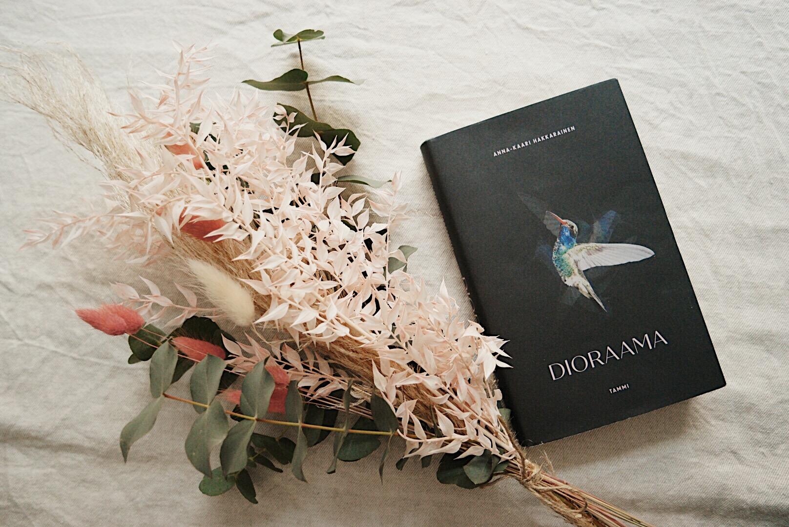Parasta kotimaista kaunokirjallisuutta juuri nyt: Anna-Kaari Hakkaraisen Dioraama