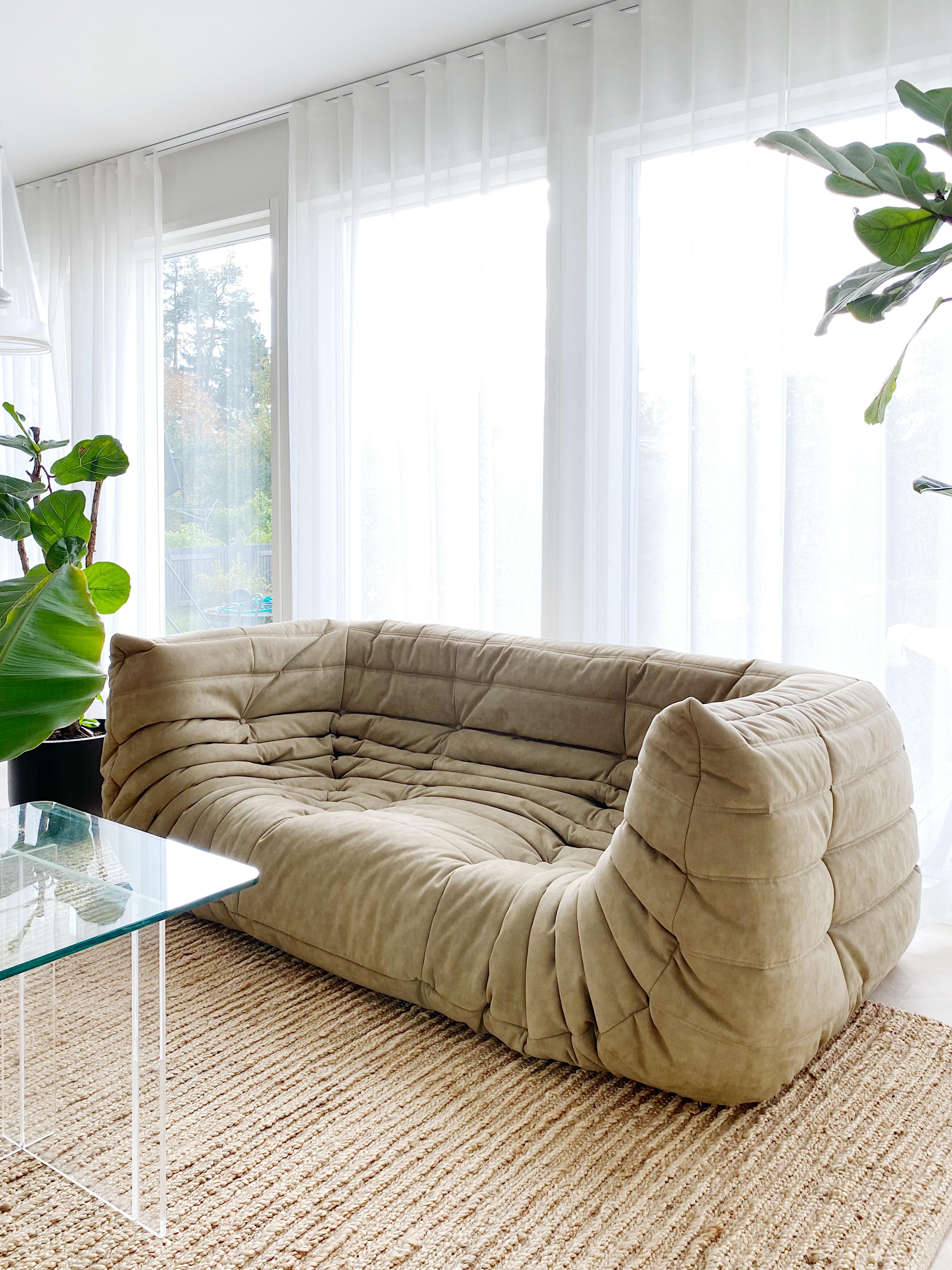 Olohuoneeseen tuli sohva  Coco Sweet Dreams