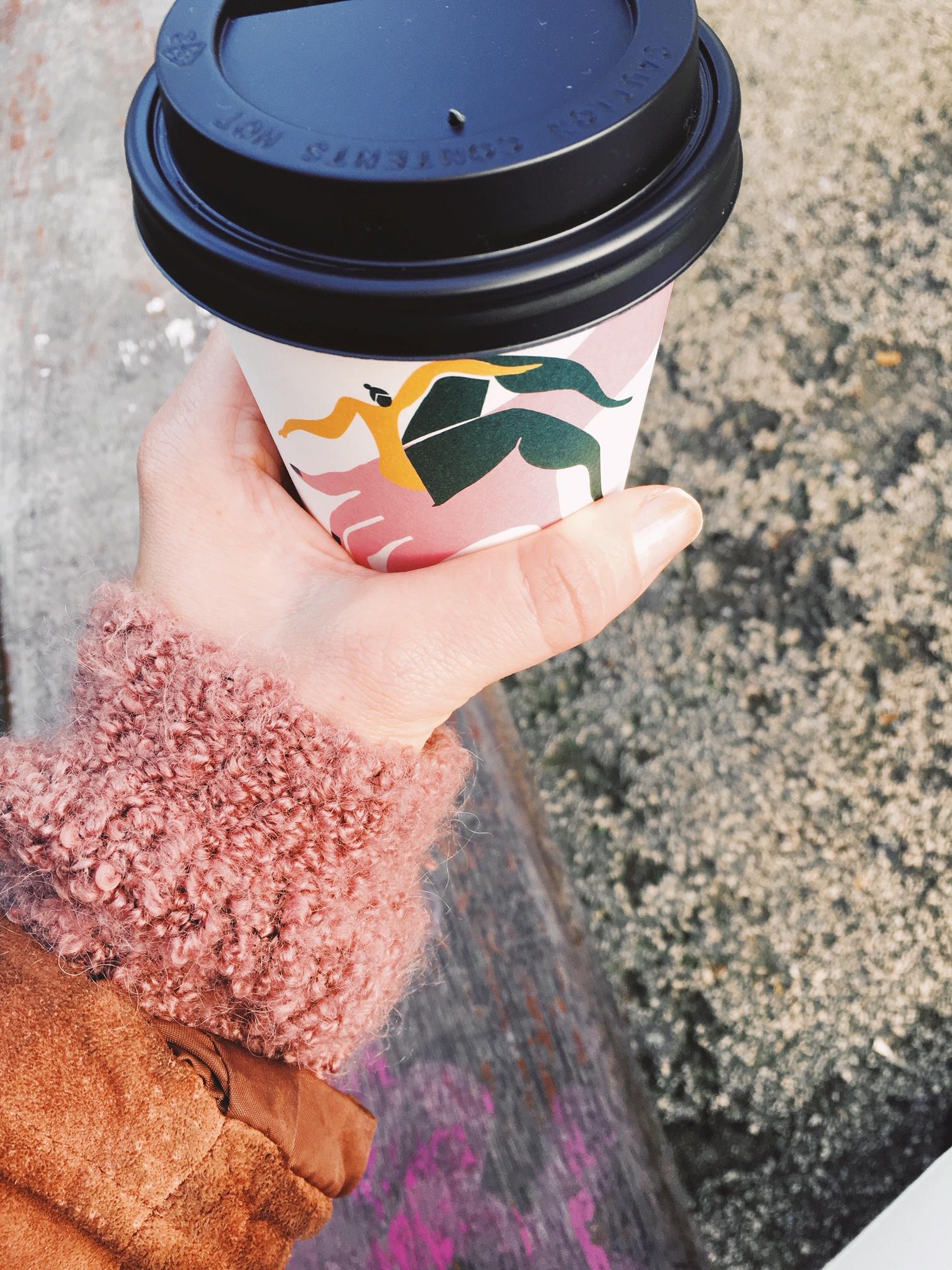 Kun universumi ilmaiset kahvit tarjosi