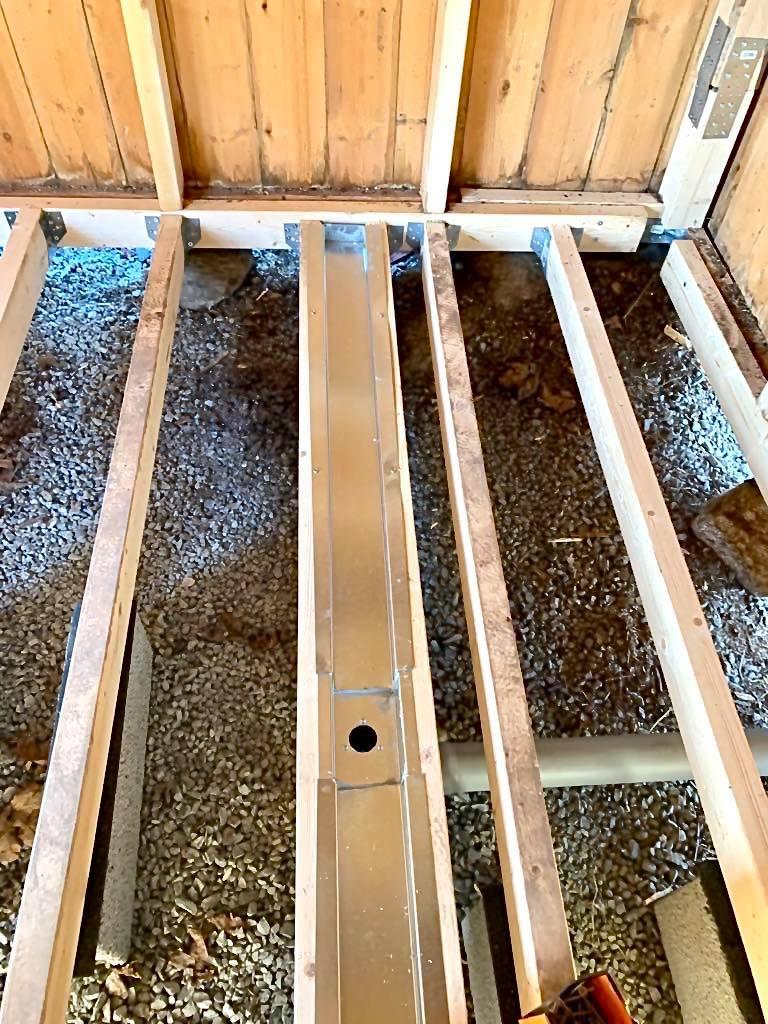 Kesämökin saunaprojekti: lattia & viemäröinti