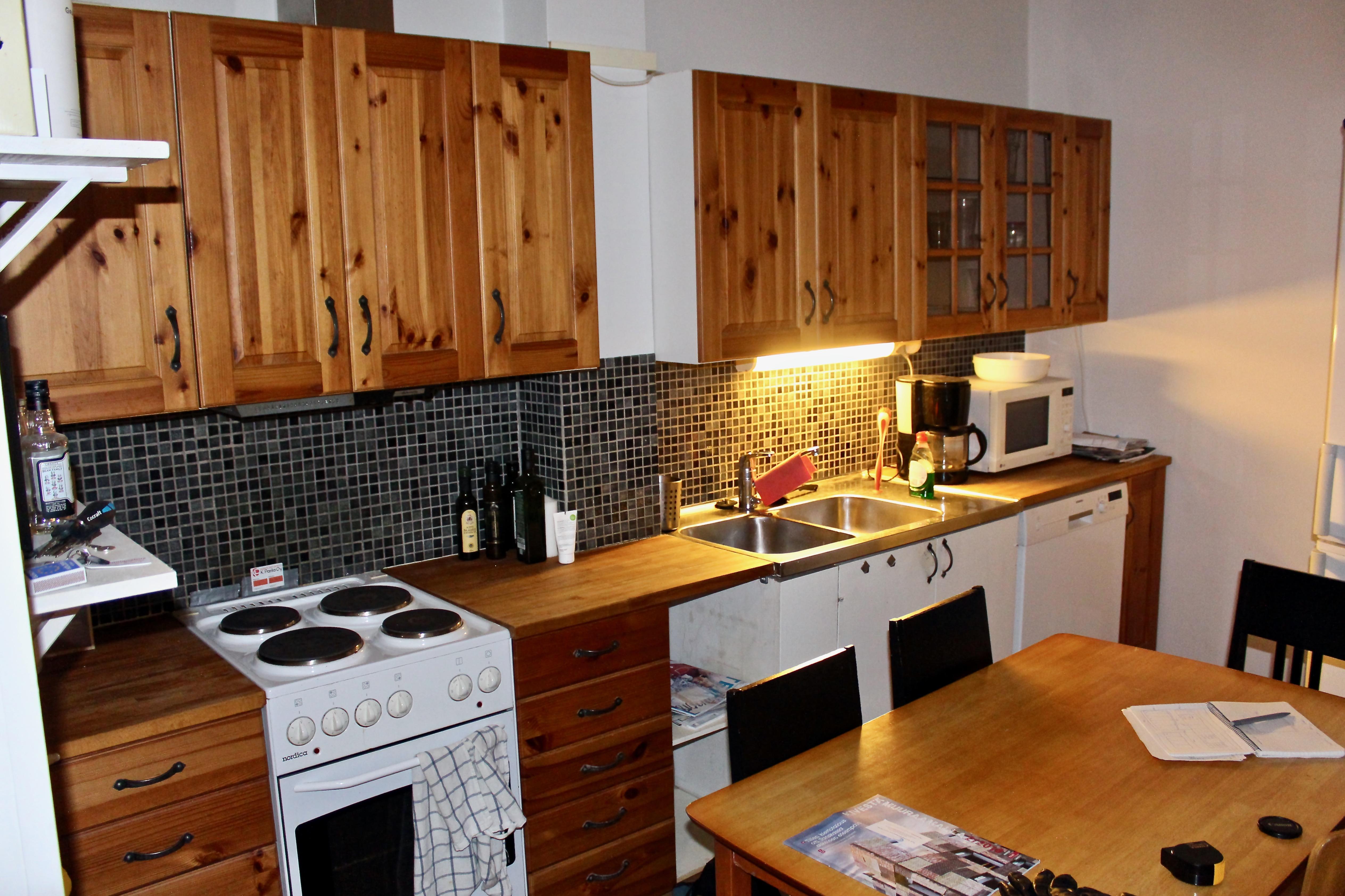Uusi keittiö before & after