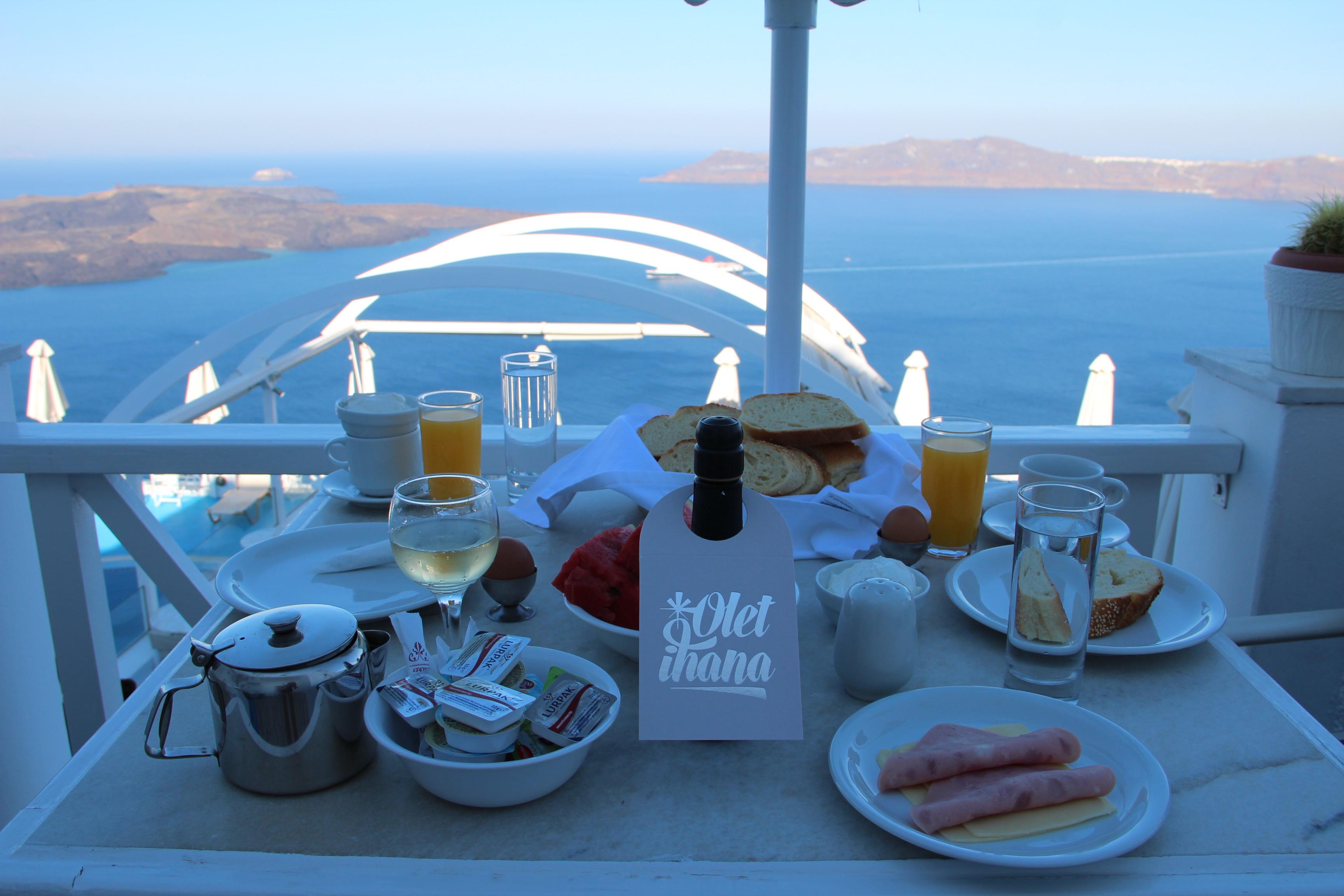 aamiainen Kafieris Blue hotel
